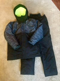 Size 14 boys 3 in 1 snowsuit Barrie