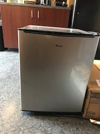 Amana 2.7 Mini Fridge Johnson City, 37604