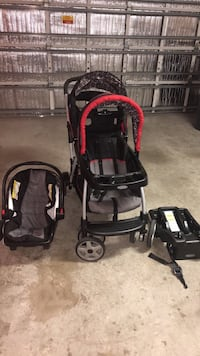 Baby's black and red travel system Gibsonton, 33534