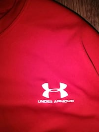 Under Armour long sleeve shirt Edmonton, T5X 5M6