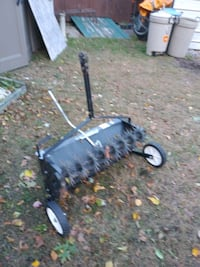 Yard Spreader and Aerator Manchester