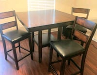 Negotiable table + padded chairs Nashville, 37211