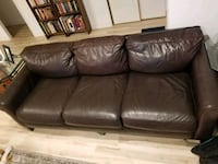 Leather couch (brown) Aliso Viejo, 92656