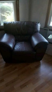 Brown Leather chair Detroit