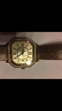 Brand New Gold and Glittery Relic Watch with Diamonds and Leather Band and a Brand New Battery