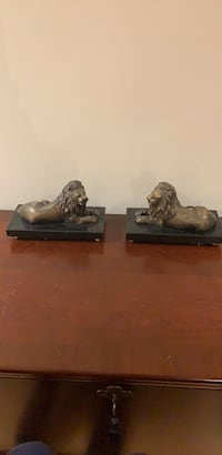 Marble lined book ends Vaughan, L4H 3E6