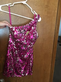 Size 2 sequined dress with keyhole front. Has been shortened. Oklahoma City, 73099