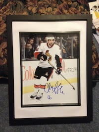Clarke MacArthur signed and framed photo Châteauguay, J6K 2M8