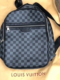 LV backpack Santa Monica, 90404