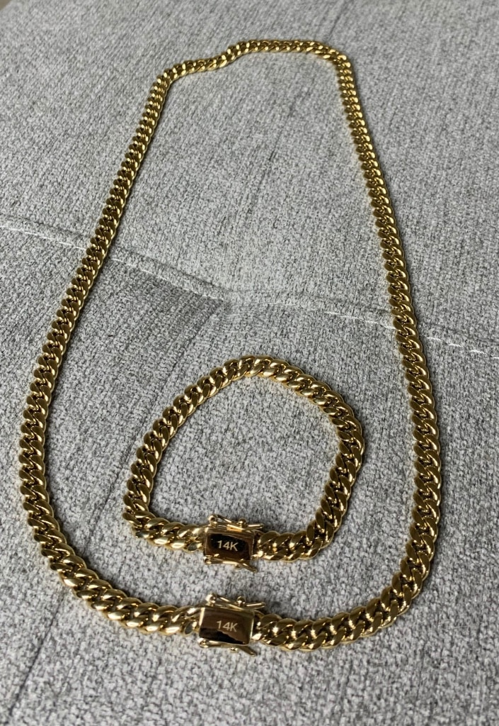 Photo Cuban link set real gold bonded in stainless steel no change color