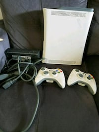 white Xbox 360 console with controller Toronto, M3N 2J7