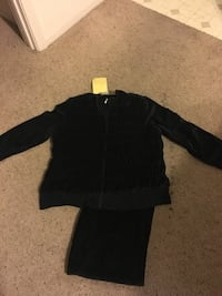 Size 1X velour lounge suit ~ new with tags