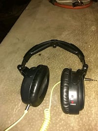 black and gray corded headphones Las Vegas, 89106