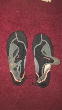 Water shoes size 8 230 km