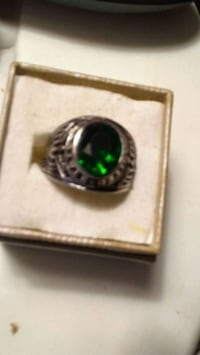GOURGOUS ARMY EMERALD MENS RING