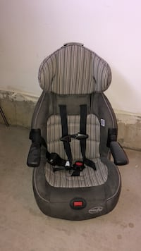 black and gray car seat Vaughan, L4K