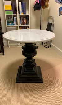 Pottery Barn marble top side table Dallas, 75201