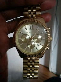 round gold Michael Kors chronograph watch with link bracelet Chicago, 60644