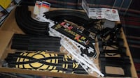 ELECTRIC SLOT CAR RACING SET NASCAR– LIKE NEW – 2 CARS 2 CONTROLLERS  Port Coquitlam