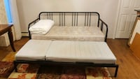 Fold out bed couch Burnaby, V5G 1Z9