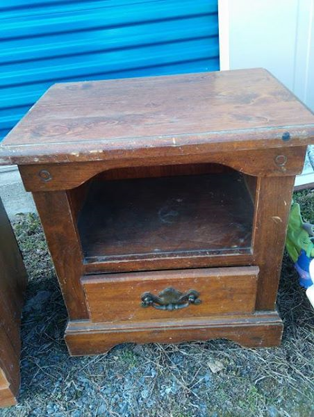 Solid Wood Side Table With Drawer.