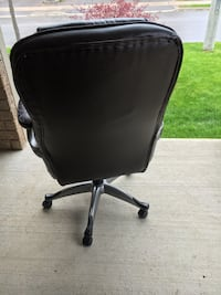 Office chair  Vaughan, L4J 8W5