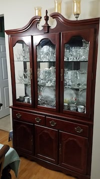 China cabinet Sudley Springs, 20109
