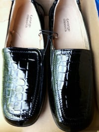 Brand new women shoes size 9 Toronto, M4C 5J6