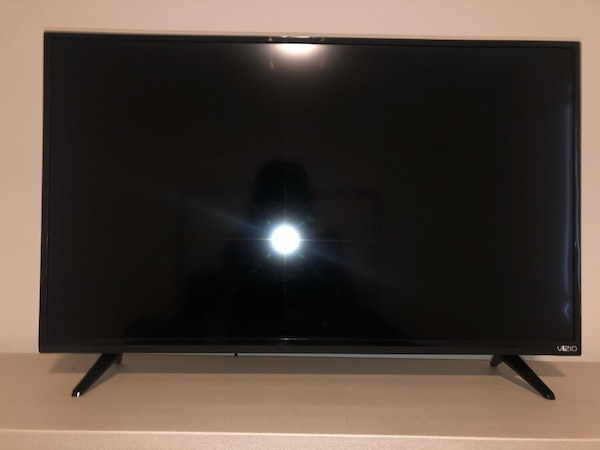 Vizio TV for sell! 32""