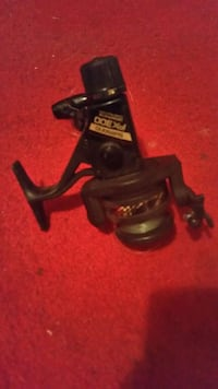 black Fx 300 fishing reel Victoria, V8V 3N9