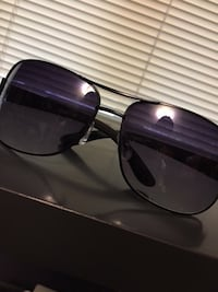 black framed Ray-Ban aviator sunglasses Nanaimo, V9X 1A9