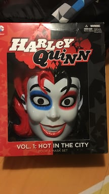 Harley quinn collectible face mask with comic box set