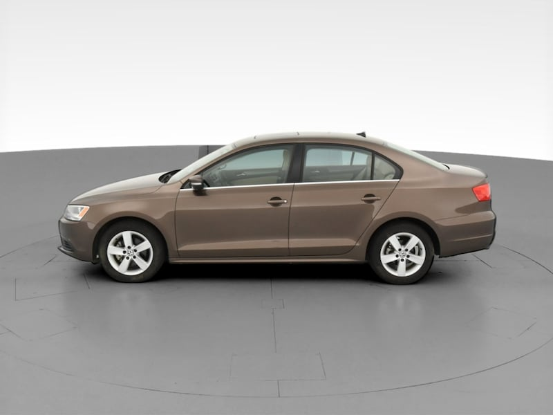 2013 VW Volkswagen Jetta sedan 2.0L TDI Sedan 4D Brown  d4e01fd0-5e27-4cf9-89f7-be578a53c48e