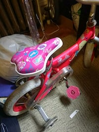 toddler 12 in barbie bike Jersey City, 07306