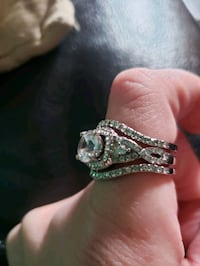 3 peice infinity style ring set  size 8  925 sterling silver  $40