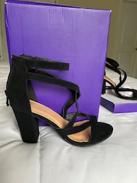 Brand New Strappy Zip Back Heels (size 6) North East, 21921