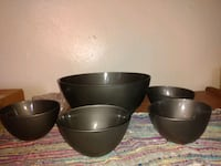 Made in Italy serving bowl and four smaller bowl   Brooklyn, 11230