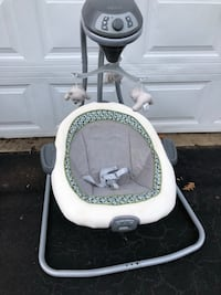 Graco Baby Soothe and swing with mobile Cary, 27513