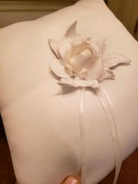 Wedding rings pillow. Pls check my other items!  Fairfax, 22030