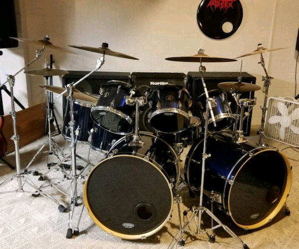 used tama rockstar 8 piece double bass drum kit for sale in canton letgo. Black Bedroom Furniture Sets. Home Design Ideas