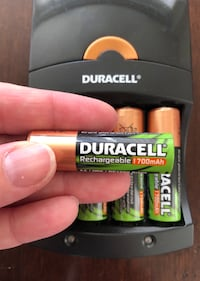 Duracell charger and 4 AA rechargeable batteries Arlington, 22202