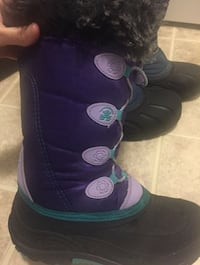 Girl's Sorel winter boots,  US size 4