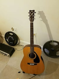 brown and black dreadnaught acoustic guitar Columbia, 21044