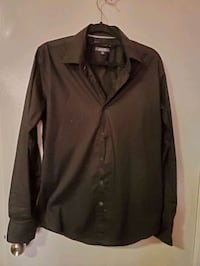 MEN'S BLACK DRESS SHIRT Toronto, M1P 2V6