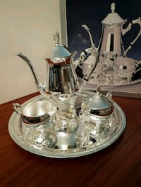 Silver plated tea set - exquisite Toronto, M1W
