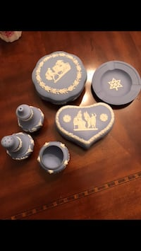 Wedgewood collection 771 km