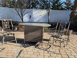 Glass Bar patio set
