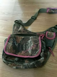Camo chick lunch bag Martinsburg, 25401