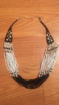 black and white beaded necklace Reno, 89503
