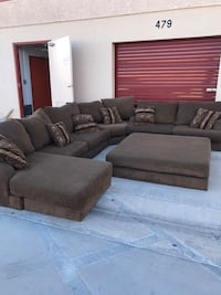 Sectional couch with ottoman Las Vegas, 89120
